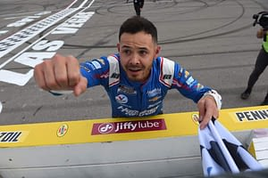 Awesemo's FREE NASCAR DFS Picks for the Food City Dirt Race on DraftKings + FanDuel daily fantasy racing, with Kyle Larson | 3/28/21.