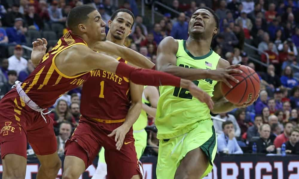 CBB DFS Picks for DraftKings and FanDuel daily fantasy college basketball lineups on Monday, January 18 2021 featuring Kansas and Baylor