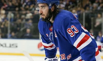 DraftKings & FanDuel NHL DFS picks like Mika Zibanejad for today's NHL DFS slate based on Awesemo's NHL projections, 8/4/20.