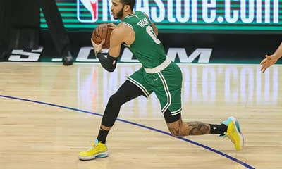 Tonight's NBA DFS picks, DraftKings and FanDuel news, notes & lineups, as well as look at the day's betting picks & player props 10/22/21.