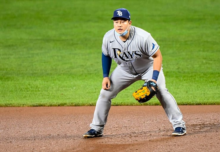 Our experts give Game 3 World Series MLB DFS picks and break down the Dodgers vs. Rays matchups for DraftKings + FanDuel | Ji Man Choi