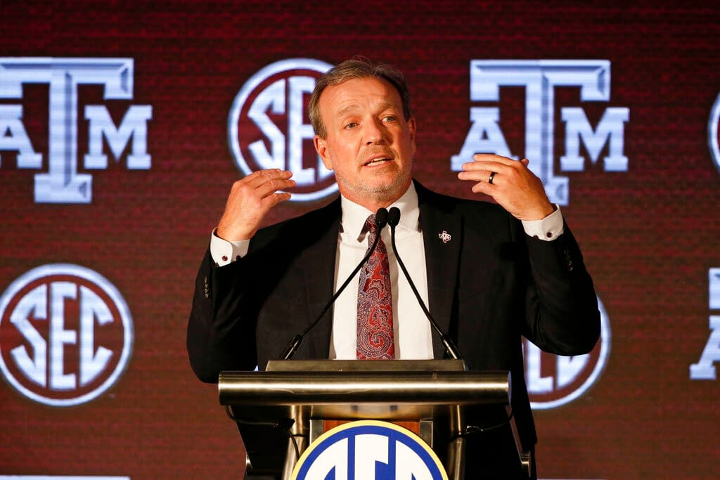 Texas A&M 2021 College FOotball schedule preview betting fantasy AGgies SEC Conference