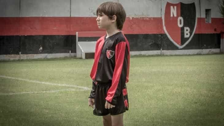 Young Lionel Messi still had that killer left foot as forward with Newells Old Boys at the age of 12. Watch this vintage clip of the Barcelona star.