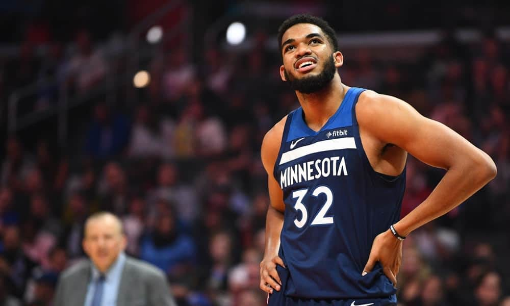 Tonight's NBA DFS picks, DraftKings and FanDuel news, notes & lineups, as well as look at the day's betting picks & player props 10/23/21.