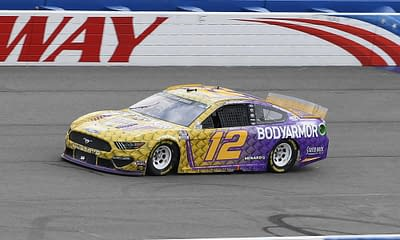 NASCAR DFS DraftKings FanDuel Hollywood Casino 400 fantasy racing preview optimal lineup optimizer projections rankings ownership this week today tonight Ryan Blaney Kansas Speedway