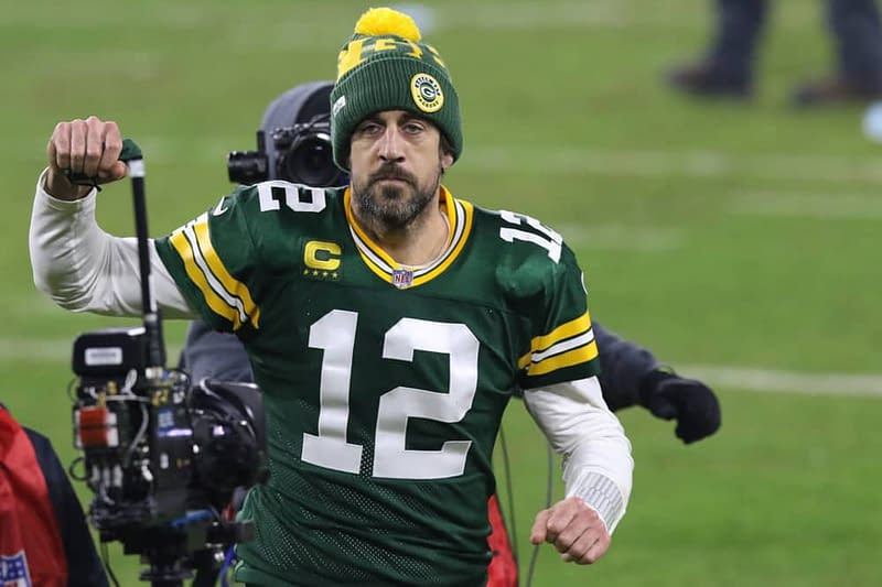 NFL DFS Picks Showdown DraftKings FanDUel MOnday Night Football Packers vs Lions tonight aaron rodgers free expert projections rankings ownership
