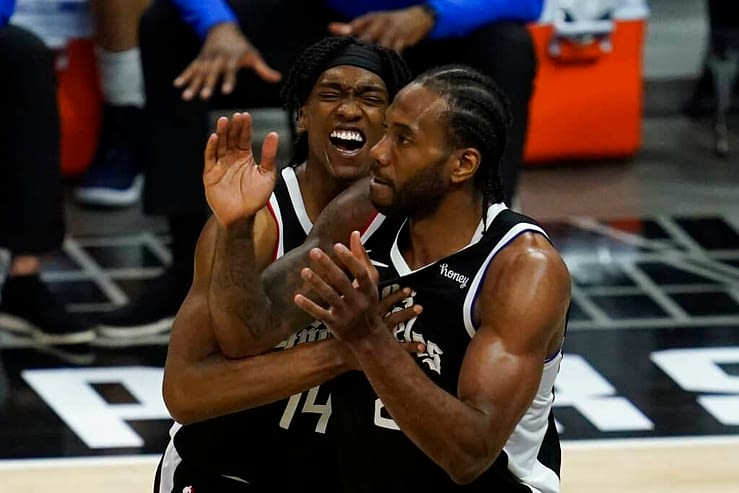 Tonight's NBA DFS picks, DraftKings and FanDuel news, notes & lineups, as well as look at the day's betting picks & player props 6/12/21.