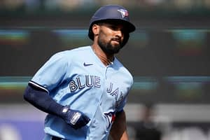 MLB DFS Picks, top stacks and pitchers for Yahoo, DraftKings & FanDuel daily fantasy baseball lineups, including the Blue Jays | Friday, 7/30