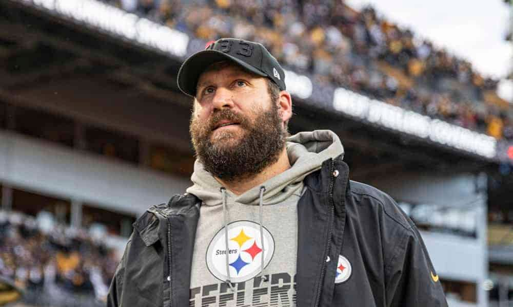Pittsburgh Steelers quarterback Ben Roethlisberger called out the team's front office when speaking on the current contract negotiations with TJ Watt