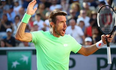 Josh Anderson analyzes the tennis betting odds and gives expert betting picks using surface and matchup data for the 2021 Winston Salem Open