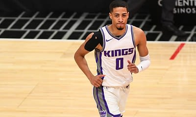 NBA Player prop bets for tonight's Kings vs Knicks game with Tyrese Haliburton under 2.5 3-pointers