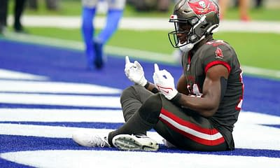 NFL DFS Showdown Picks DraftKings FanDuel Week 6 Thursday Night Football Buccaneers vs. Eagles lineups optimal optimizer free expert advice tips fantasy football projections rankings ownership Chris Godwin Tom Brady Jalen Hurts player prop bets predictions odds lines parlays over/under Tampa Bay Philadelphia advice tips strategy