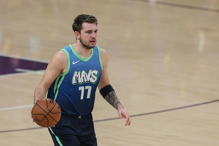 The best NBA DFS picks today for Yahoo, DraftKings & FanDuel daily fantasy basketball lineups | Luka Doncic tonight 10/21/21
