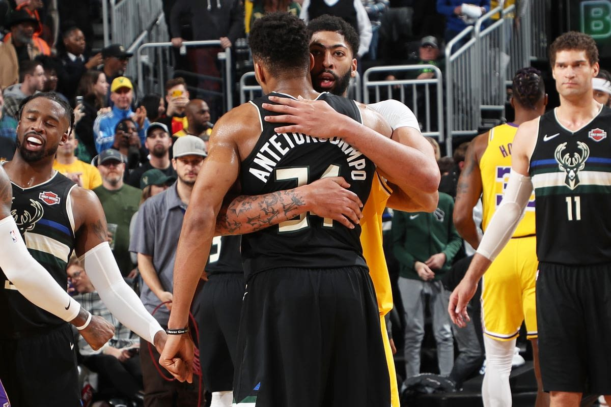 Los Angeles Lakers Anthony Davis might be waiting on Giannis Antetokounmpo in NBA free agency