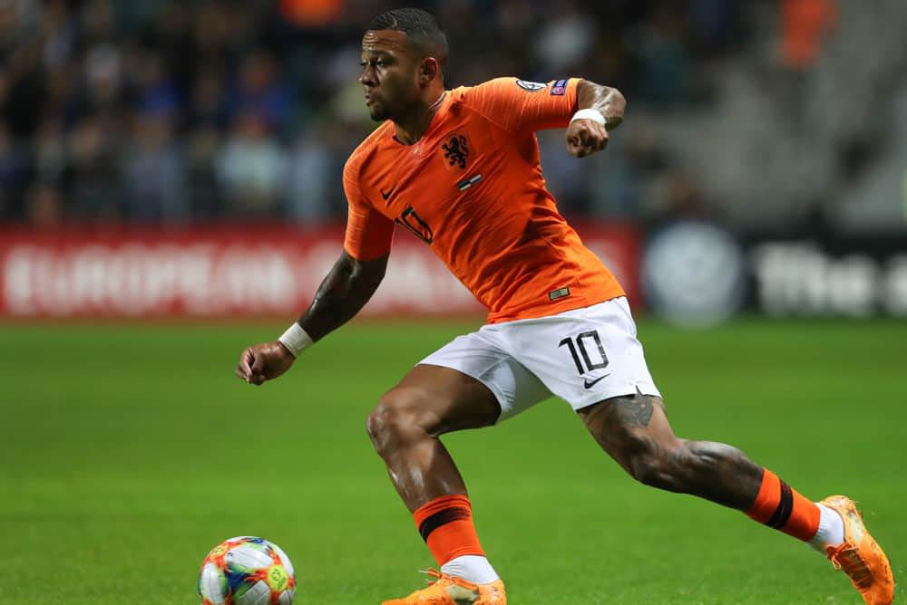 Awesemo's expert UCL DFS Picks and strategy for DraftKings and FanDuel fantasy soccer lineups, including Memphis Depay on Tuesday.