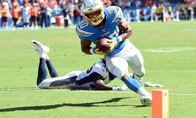Free Yahoo Cheat Sheet with NFL DFS Picks based on Awesemo expert daily fantasy football projections 12/27 Austin Ekeler
