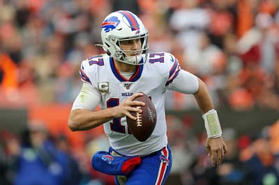 A breakdown of the best players to roster and avoid for Week 3 NFL Daily Fantasy football lineups on DraftKings & FanDuel | Josh Allen