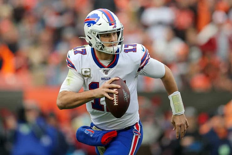 NFL DFS Picks for DraftKings and FanDuel daily fantasy football Divisional Round Playoffs lineups based on Awesemo's expert Top Stack Tool with ownership projection, leverage and fantasy point projections Chiefs, Bills, Buccaneers Josh Allen Patrick Mahomes
