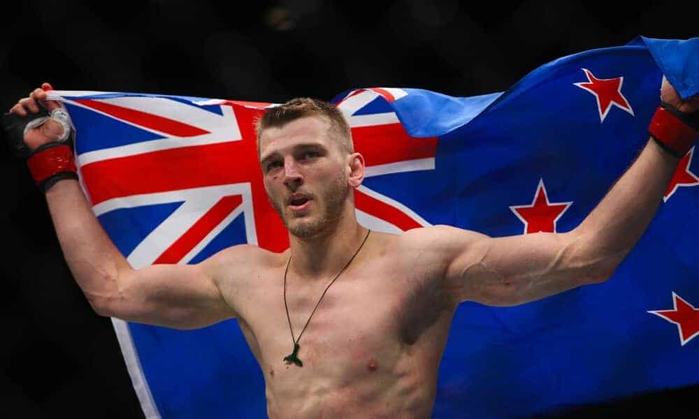 UFC lightweight Dan Hooker made a desperate plea to the U.S. Embassy as a work visa issue has threatened his availability for UFC 266 fight