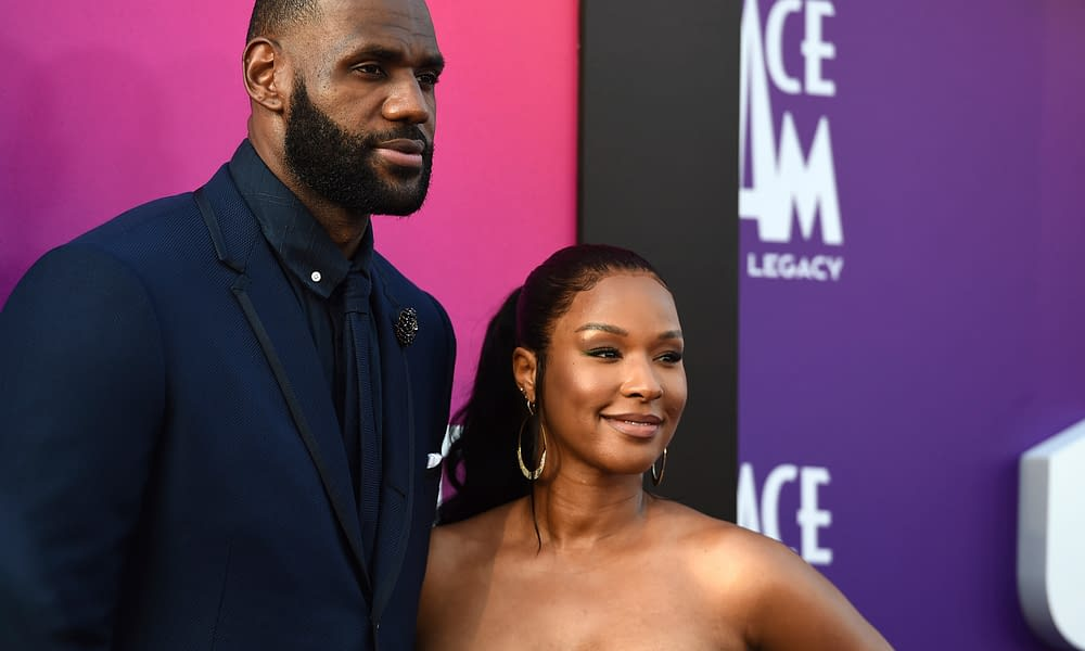 Los Angeles Lakers superstar LeBron James wrote a lengthy letter to his wife, Savannah James, not their eight anniversary on Tuesday morning