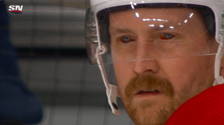 Montreal Canadiens defenseman Jeff Petry explained how his infamous bloodshot eyes pic was a product of an incredibly painful pinky injury