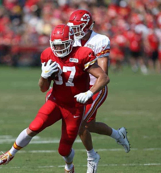 Julian Edlow dives into the odds and his favorite NFL betting pick for Championship Weekend: Travis Kelce receiving props.
