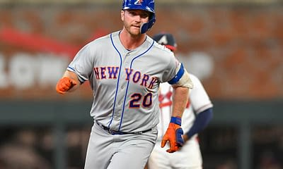 EMac gives his favorite MLB DFS Stacks for Yahoo + DraftKings + FanDuel daily fantasy baseball lineups Mets, Yankees, Padres | Tuesday 4/6/21