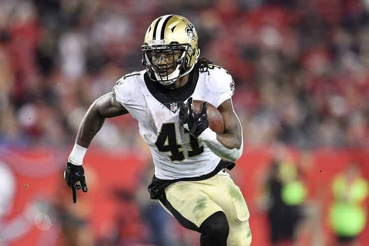 Ben Rasa is back with his Wild Card NFL DFS Picks for your season long and Daily Fantasy lineups on DraftKings & FanDuel, Ezekiel Elliott