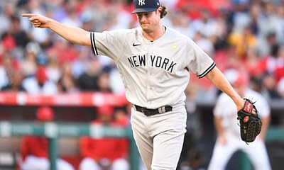 DraftKings MLB DFS Picks fantasy baseball cheat sheet free expert rankings advice tips strategy optimal lineup optimizer projections ownership Gerrit Cole Yankees Red Sox AL Wild Card top options