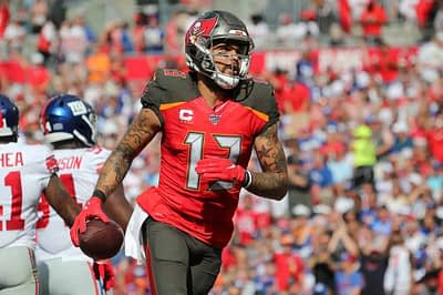 Zach Brunner takes a look back at NFL DFS Week 2 and notes wide receiver target share and snaps, using this to project fantasy football value