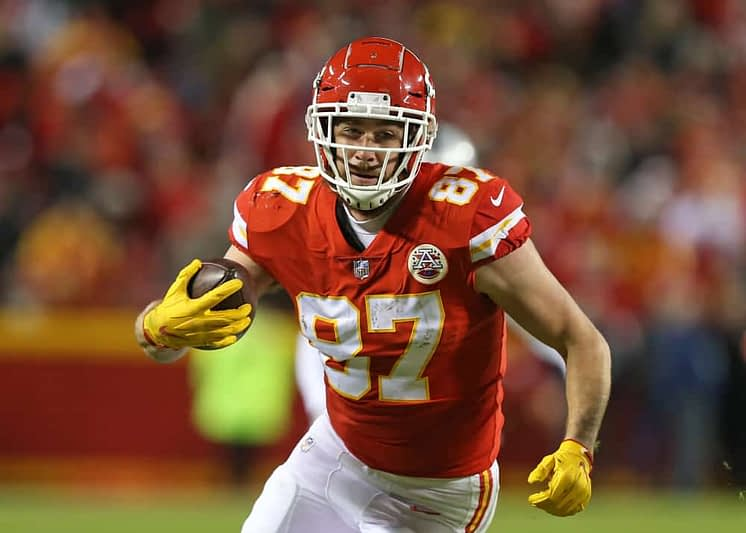 Kyle Dvorchak uses expert data to breakdown how to construct an NFL DFS showdown lineups for Chiefs-Texans, DraftKings Thursday Night Football