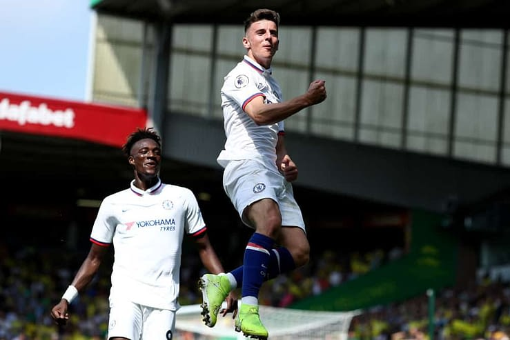 DraftKings EPL DFS Picks Lineup projections cheat sheet for Saturday April 10 with Mason Mount