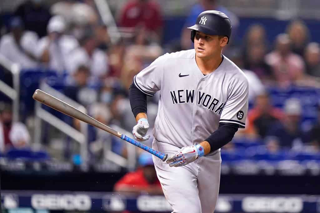 MLB DFS Picks, top stacks and pitchers for Yahoo, DraftKings & FanDuel daily fantasy baseball lineups, including the Yankees   Tuesday, 9/21