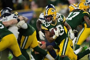 NFL PrizePicks Monday Night FOotball Packers Lions over/under prop bets