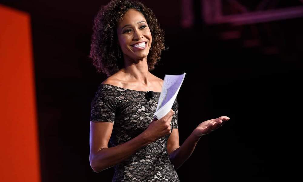 Former Bachelorette Rachel Lindsay revealed that ESPN anchor Sage Steele gave her heavy praise for picking a white man at the end of the show