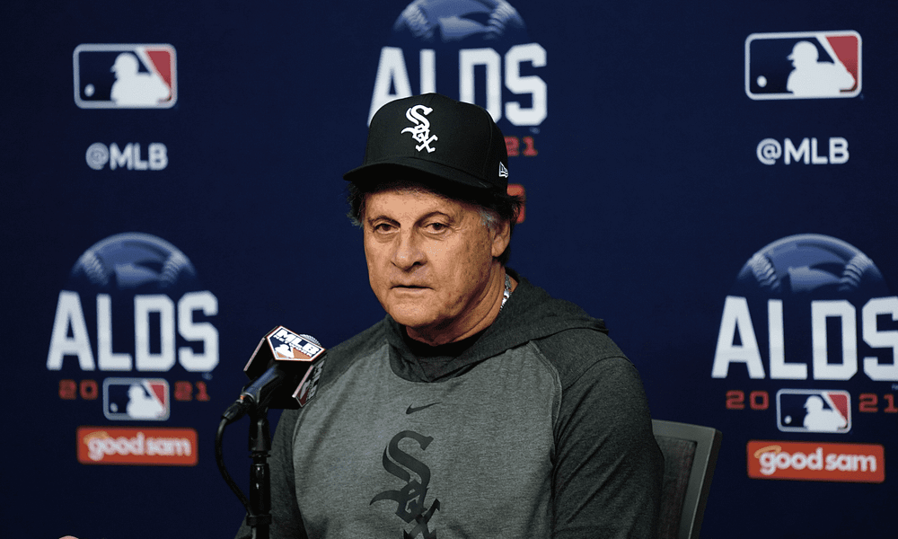 Chicago White Sox manager Tony La Russa Called out his longtime rival Dusty Baker and his Astros after Jose Abreu was hit by a pitch