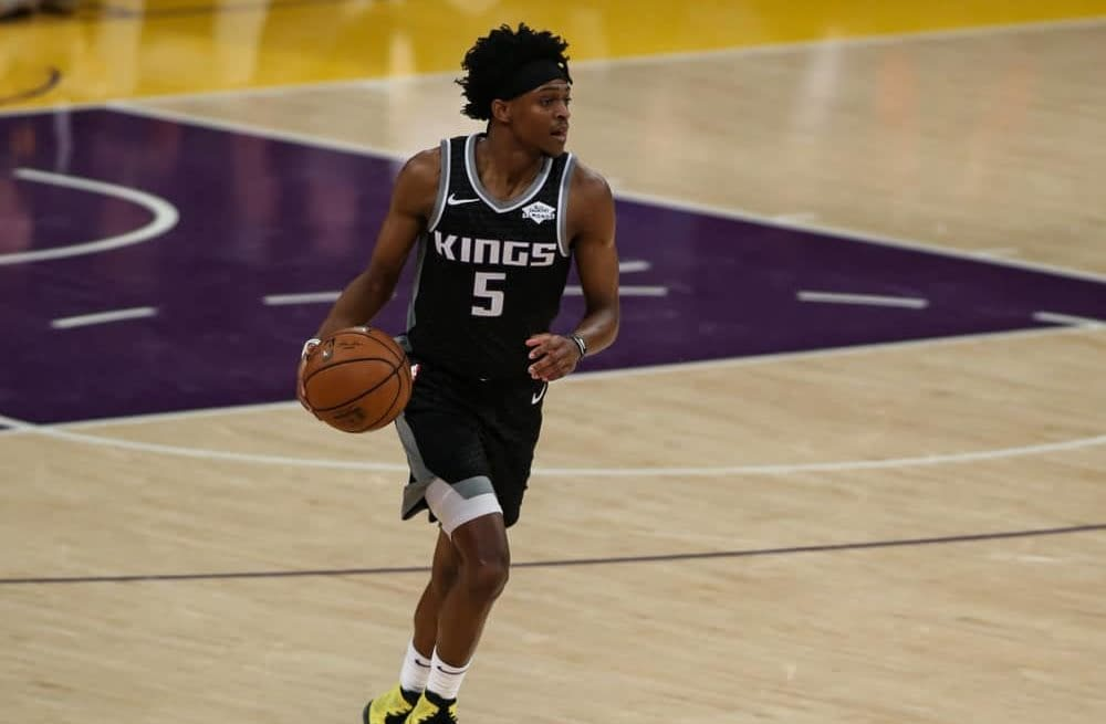 Awesemo brings the 4/20/21 NBA DraftKings Picks cheat sheet for daily fantasy basketball lineups on April 20, including De'Aaron Fox.