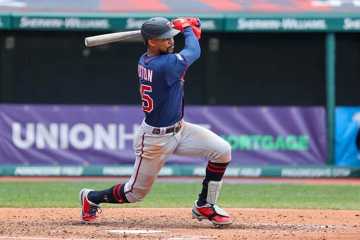 MLB DFS Picks & Stacks for Yahoo, DraftKings + FanDuel daily fantasy baseball lineups, including the Twins and Blue Jays | Thursday, 5/6/21