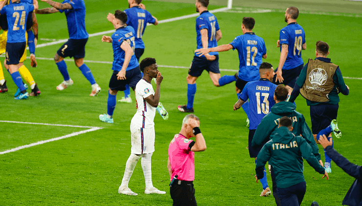 After missing their penalty shots in the EURO 2020 final, Marcus Rashford, Jadon Sancho, and Bukayo Saka, were all subjected to racist taunts
