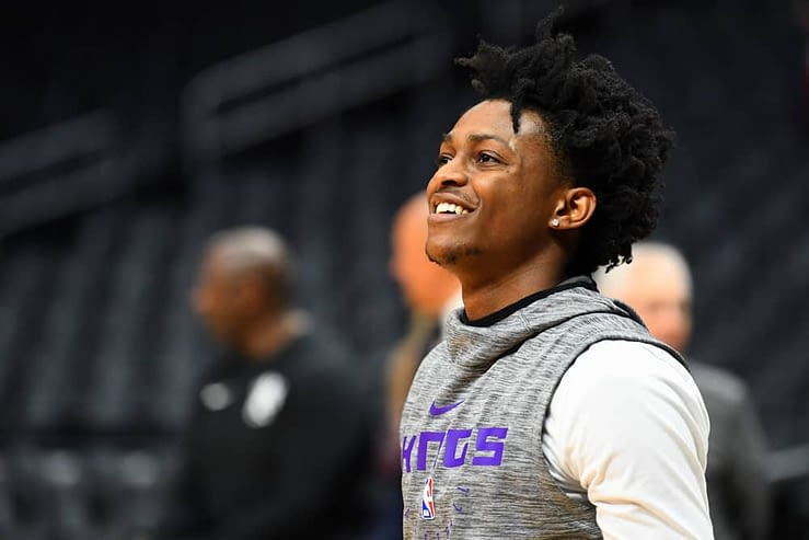Daily Fantasy basketball strategy DraftKings FanDuel lineups for Friday February 26 with De'Aaron Fox
