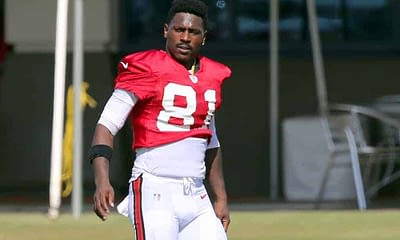 NFL DFS picks for Super Bowl LV SuperDraft contests with Antonio Brown