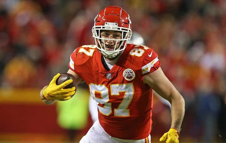 Julian Edlow dives into the odds and his favorite NFL betting pick for Wild Card Weekend: Travis Kelce Yardage Receiving.