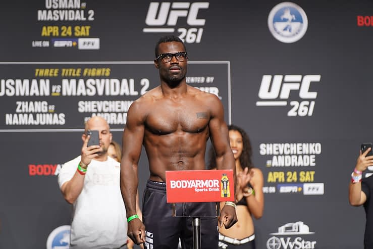 UFC MMA DFS Picks Vegas 33 Monkey Knife Fight Picks predictions las vegas betting odds lines ufc fight night how to bet on ufc fights this weekend Uriah Hall Sean Strickland