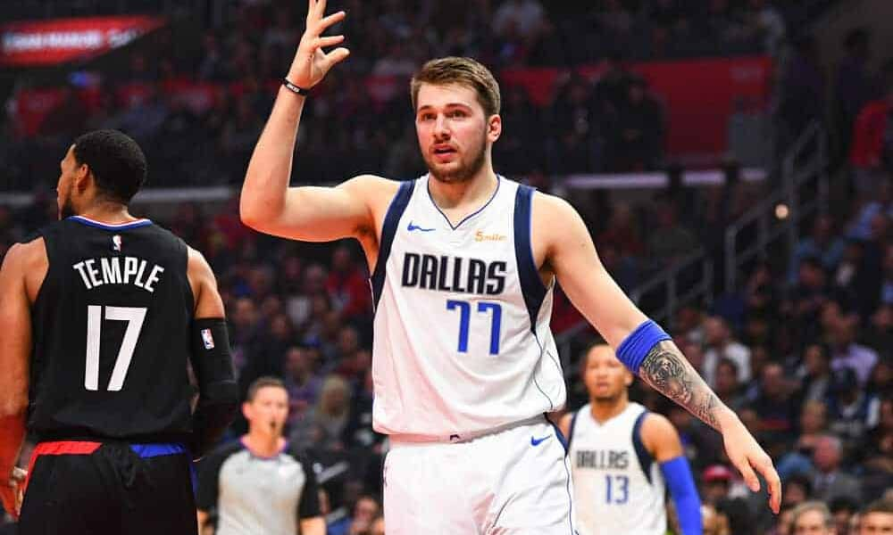 Tonight's NBA DFS picks, DraftKings and FanDuel news, notes & lineups, as well as look at the day's betting picks & player props 6/4/21.