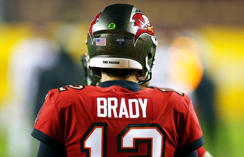 Tom Brady Thursday Night Football NFL Player Prop Bets betting WEek 6 Bucs vs. Eagles odds lines predictions best bets parlays