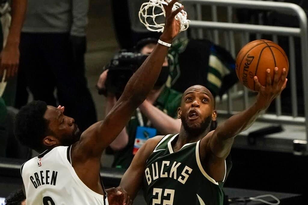 NBA Fantasy Lineup Picks DraftKings FanDuel DFS daily optimal optimizer today tonight free expert projections rankings ownership tools Khris Middleton Bucks Nets Lakers Warriors