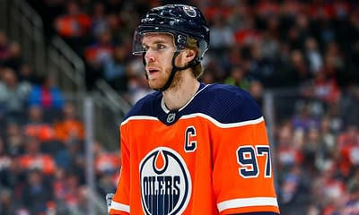 DraftKings NHL DFS Picks Cheat Sheet featuring Connor McDavid