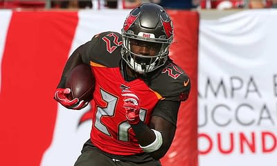 Week 11 Monday Night FOotball NFL DFS Picks DraftKings FanDuel Daily Fantasy Football Advice Showdown Rams Buccaneers Ronald Jones