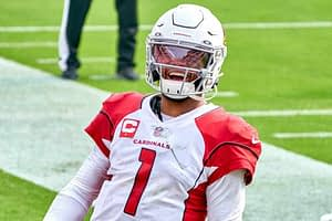 Sunday Night Football Seahawks vs Cardinals trends and preview, with NFL odds, moneyline, against the spread, NFL picks and NFL predictions.