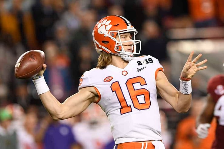 Julian Edlow goes over the best College Football bets and 2020 Heisman Trophy CFB Picks, including Clemson QB Trevor Lawrence + Justin FIelds.